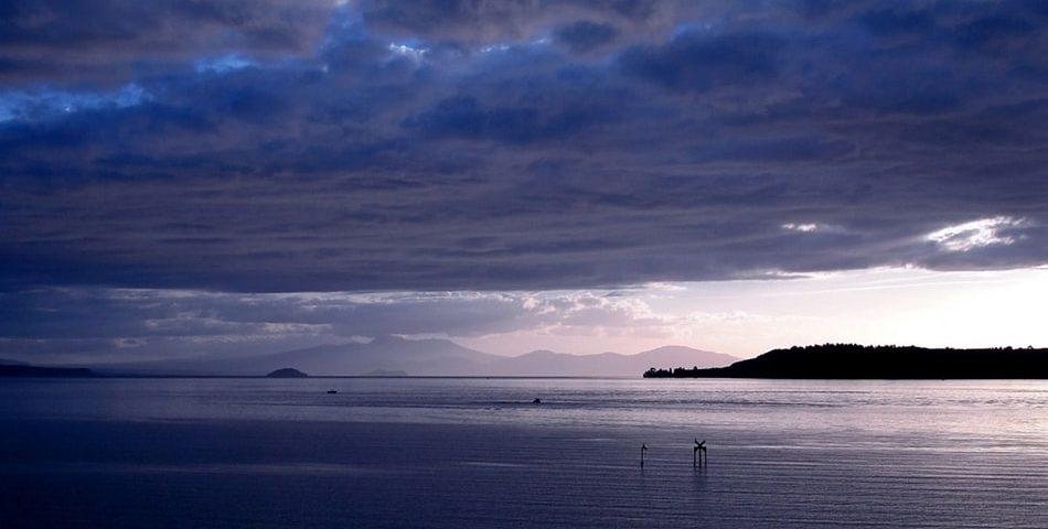 陶波湖-min